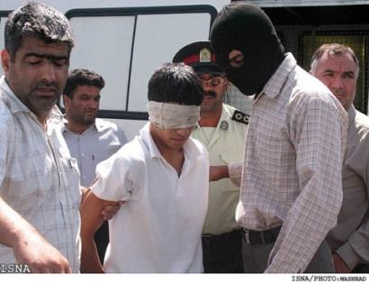 gay iraniani in procinto di essere impiccato