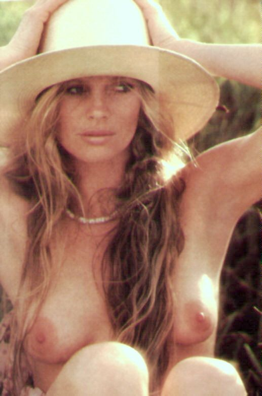 Kim Basinger Nude Pics & Videos That