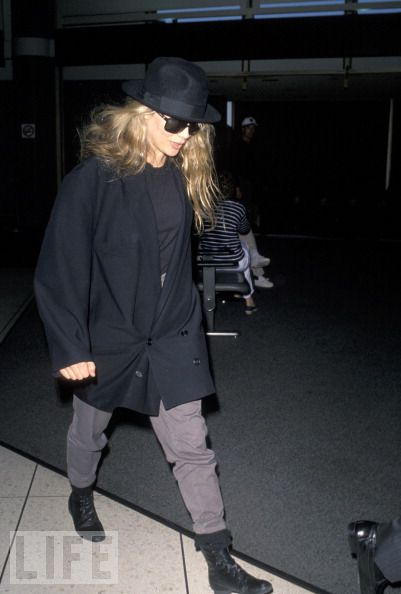 Kim Basinger at International Airport 1998