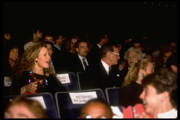 Kim Basinger - George Bush - My Stepmother Is An Alien Premiere (1988)