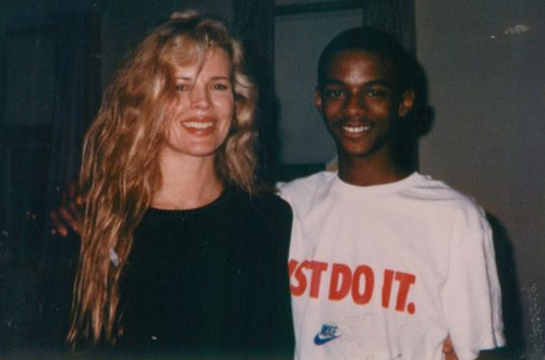 kim basinger 1990 with fan